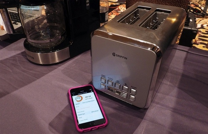 Griffin Connected Toaster от Griffin Technology.
